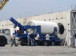 Loading of NUHOMS dry shielded canister, US