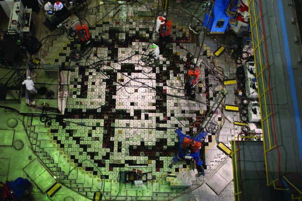 The reactor hall of the RBMK-1000 power unit at Leningrad (Photo credit: Boris Bobylev/ Rosenergoatom)
